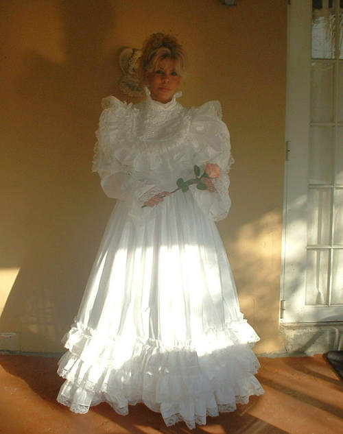 """DREAM"" Long Wedding Gown"