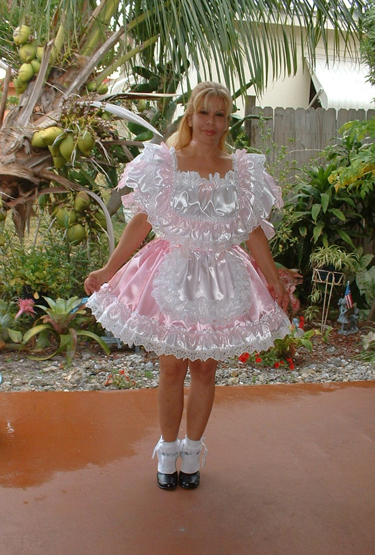 Nancy Fancy  Pink Maid Dress
