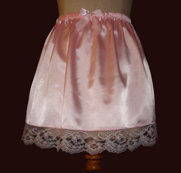 1704   PINK SATIN SLIP MINI SKIRT