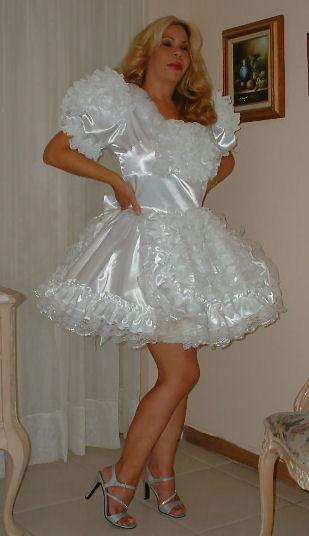 """""""BUTTERFLY"""" Wedding Ruffle Butt Dress"""